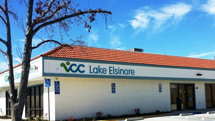 lake elsinore clinic location